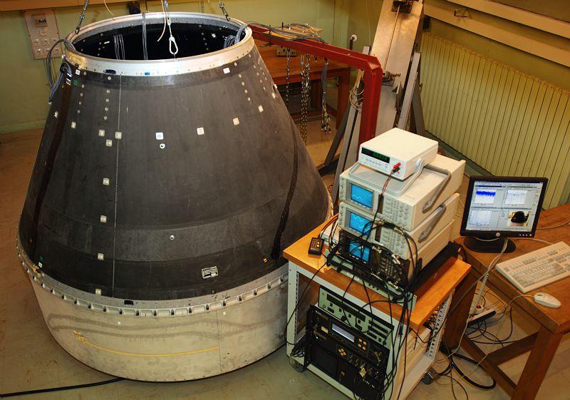 Recherche en mecanique. Vibrations sur un lanceur spatial.